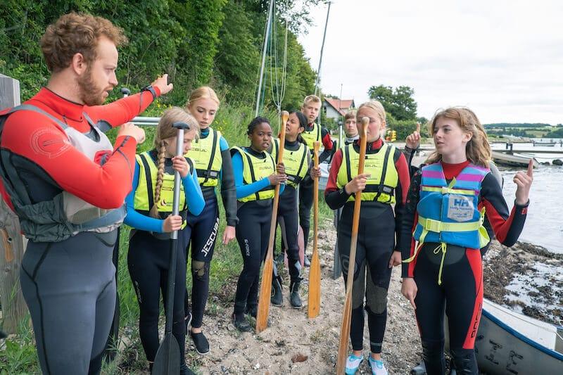 Dygtige og erfarne instruktører, der sikrer det gode undervisnings- og læringsmiljø på vandsport